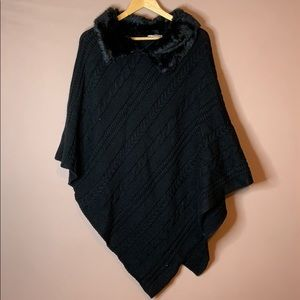 NEW YORK & Co. BLACK SHAWL!!!